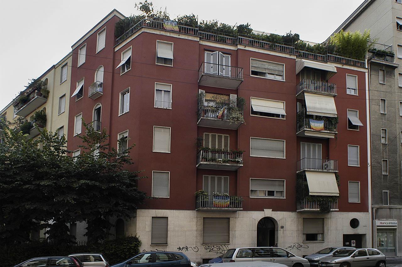 Case tipiche di via letizia domus livia serena onoria for Modelli di case italiane